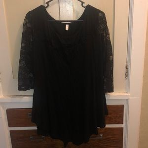 Airy 3/4 sleeve blouse